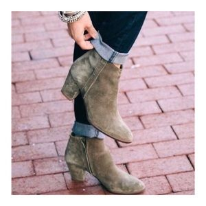 Madewell Billie Booties Olive Green Suede